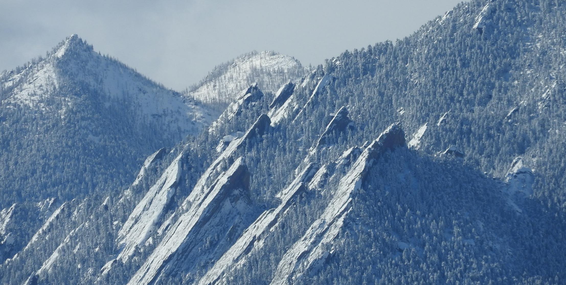 Boulder_Flatirons_Snow_March19